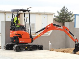 MINI DIGGER AND MICRO DIGGER HIRE