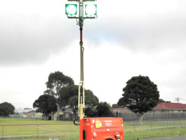 PORTABLE LIGHTING TOWER GENERATOR
